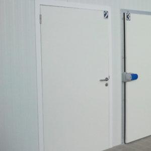 Porte pivotante semi-isotherme