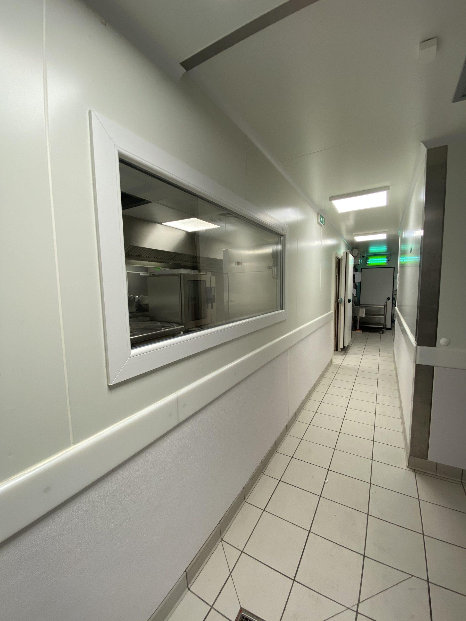 Réalisation d'un laboratoire traiteur dans un bâtiment vide existant– 1400 m²